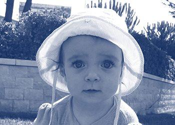 Kako pratiti motorički razvoj djeteta u prvoj godini života: Prepoznajte znakove odstupanja od idealnog razvoja